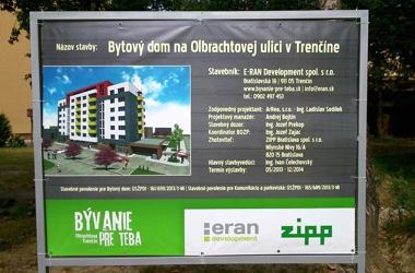 oznamovací banner na stavbu